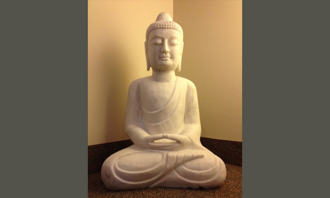 iyengar-yoga-classes-in-denver-colorado-buddha-sitting